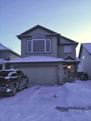 Stunning 2 storey,  3 BD home in Ellerslie available for sale
